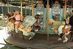 Pferderennen im Kinderkarussell