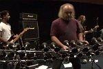 Metallicas Enter Sandman mit Hupen