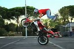World Training - Motorrad-Stunts