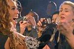 Fan singt mit Beyonce