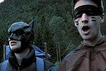 Batman und Robin gehen Campen