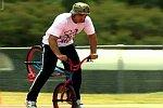 Weltrekord im Fahrradfahren auf einem Reifen
