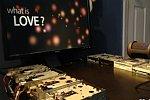 What is love auf acht Diskettenlaufwerken