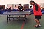 Tischtennis spielen ohne Arme