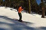 Skifahren mit einer Posaune