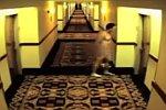 Nackt im Hotel