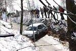 360-Grad-Drehung eines Rallyeautos