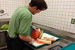 Wassermelone schälen in unter 30 Sekunden