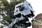5 Meter großer Star Wars Roboter
