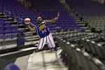 Weltrekord-Wurf in Basketballkorb