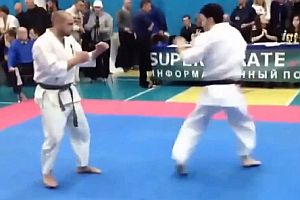 Kurzer Karate-Kampf
