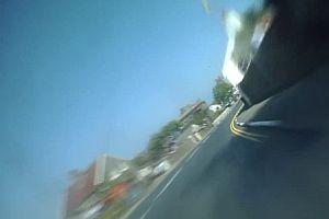Motorradrennen-Rundenrekord aus Fahrersicht