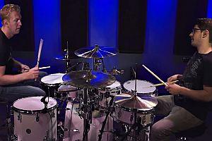 Prinz von Bel Air auf dem Schlagzeug