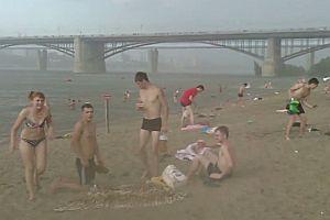 Hagelsturm am Strand
