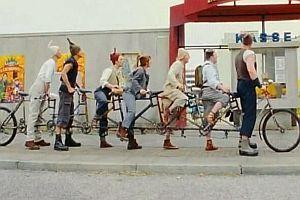 Ein Fahrrad für sieben Personen