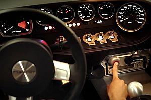 Motorenstart von 33 Luxuswagen