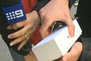 Käufer des ersten iPhone 6 in Perth