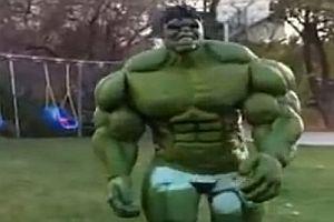 Hulk Kostüm aus Latex