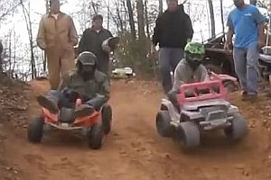 Extreme Barbie Jeep Racing 2014