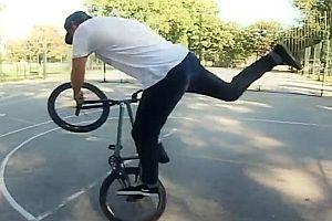 BMX Flatland mit Adam Kun