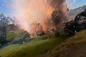 Feuer in einer Feuerwerksfabrik