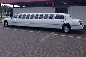 10 Meter lange Stretch-Limousine