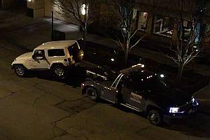 Geländewagen flüchtet vor Abschleppwagen