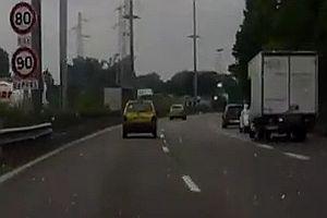 Unfall in einer Kurve