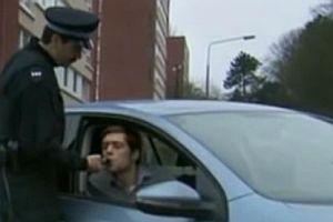Polizeikontrolle, bitte einmal saugen!