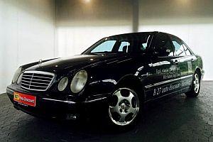 Mercedes von Jogi Löw
