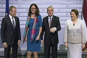 Jean-Claude Juncker angetrunken bei Pressetermin