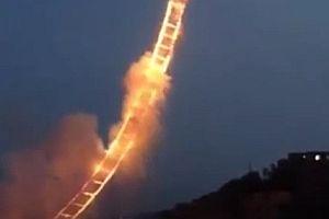 Feuerwerk Himmelsleiter