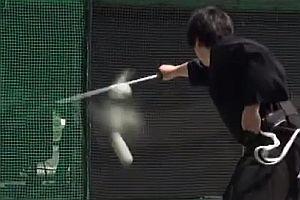 Samurai spaltet 160 km/h schnellen Ball