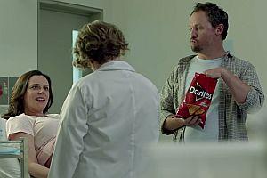 Doritos essen beim Ultraschall