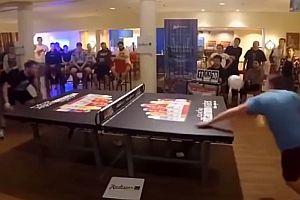 Tischtennis mit dem Kopf