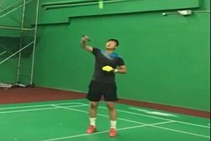 Asiatischer Badmintonspieler