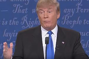 Donald Trump schnüffelt