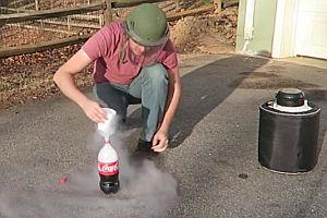 Cola mit flüssigem Stickstoff