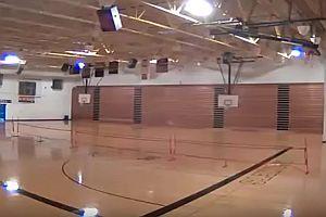 Tornado zerstört Sporthalle