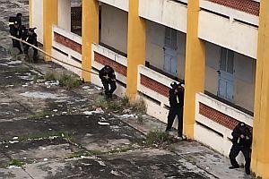 Übung der vietnamesischen Polizei