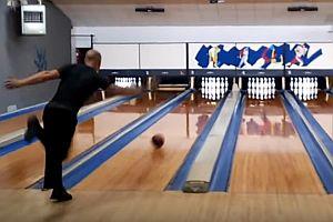 12 Bowling-Strikes in 86,9 Sekunden