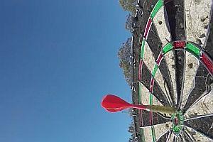 Darts Bullseye von einem 45 Meter Turm