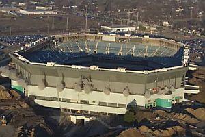 Sprengung eines Stadions funktioniert nicht