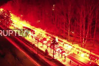 Zenit-Fans begrüßen ihren Mannschaftsbus