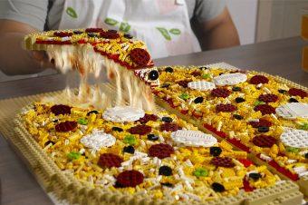 Eine Lego-Pizza